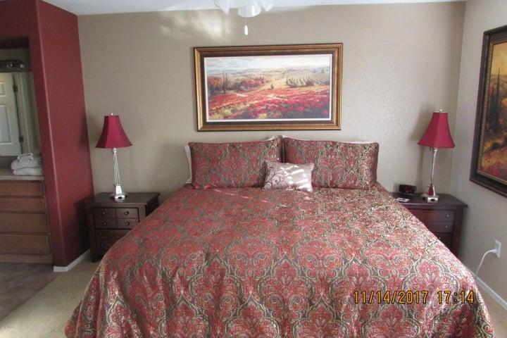 5855 N Kolb Road, 11103, Tucson, AZ 85750