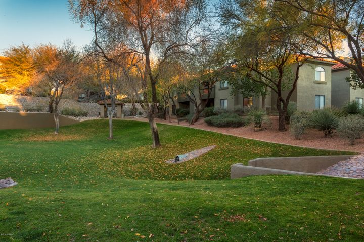 5751 N Kolb Road, 29204, Tucson, AZ 85750