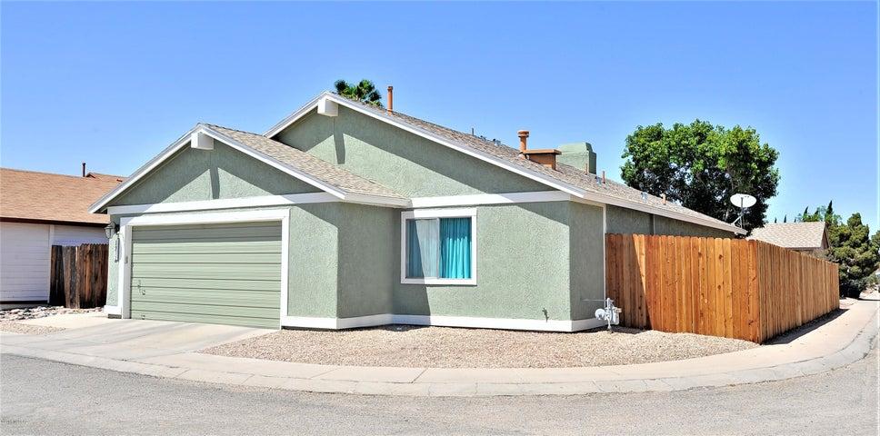 1912 W Southbrook Circle, Tucson, AZ 85705