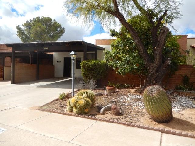 368 S Paseo Chico, Green Valley, AZ 85614