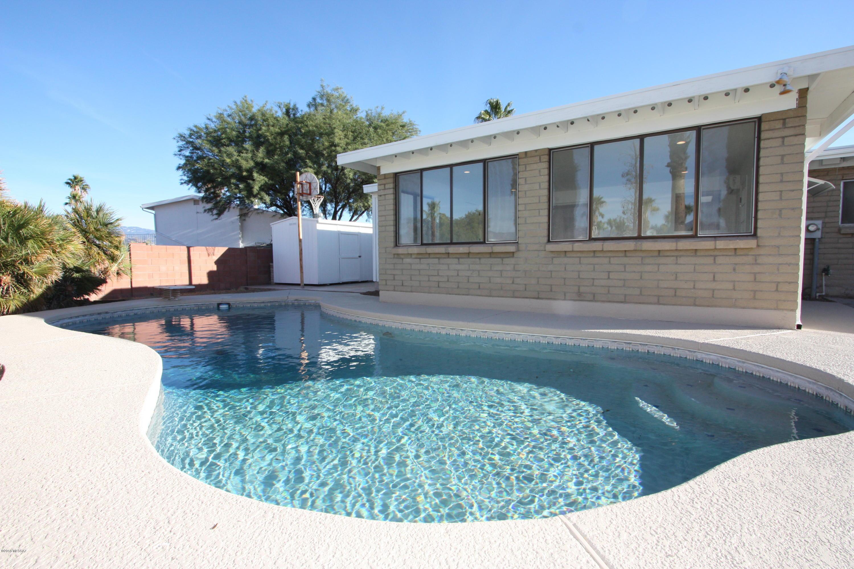 9645 E Vicks Place, Tucson, AZ 85748