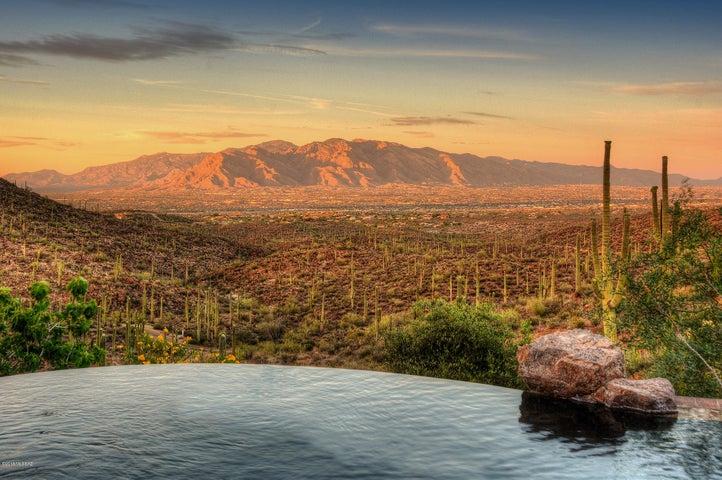 6270 W Bucking Bronco Place, Tucson, AZ 85745