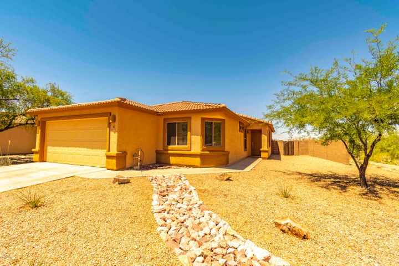 12477 N Crimson Vista Drive, Marana, AZ 85658