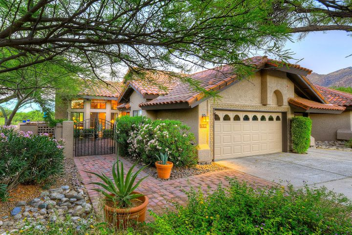 7116 E Grey Fox Lane, Tucson, AZ 85750