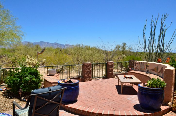 5021 W Desert Chicory Place, Marana, AZ 85658