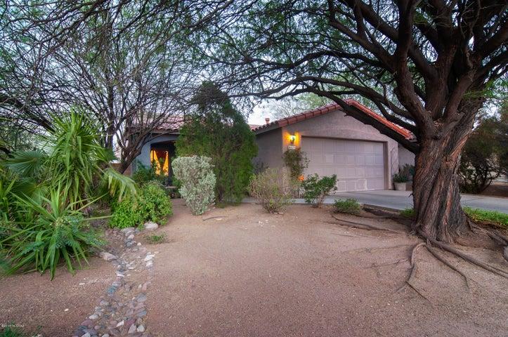 610 N Richey Boulevard, Tucson, AZ 85716