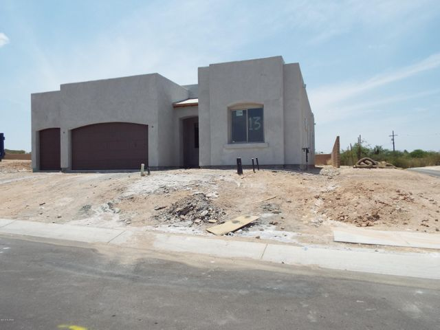 Driveway being poured by the end of June - Courtyard & gate included.