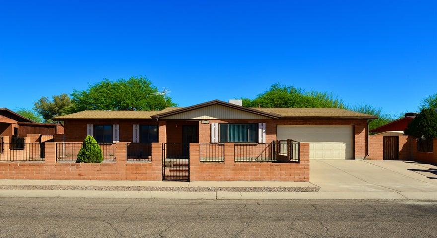 5341 S Oakleaf Drive, Tucson, AZ 85746
