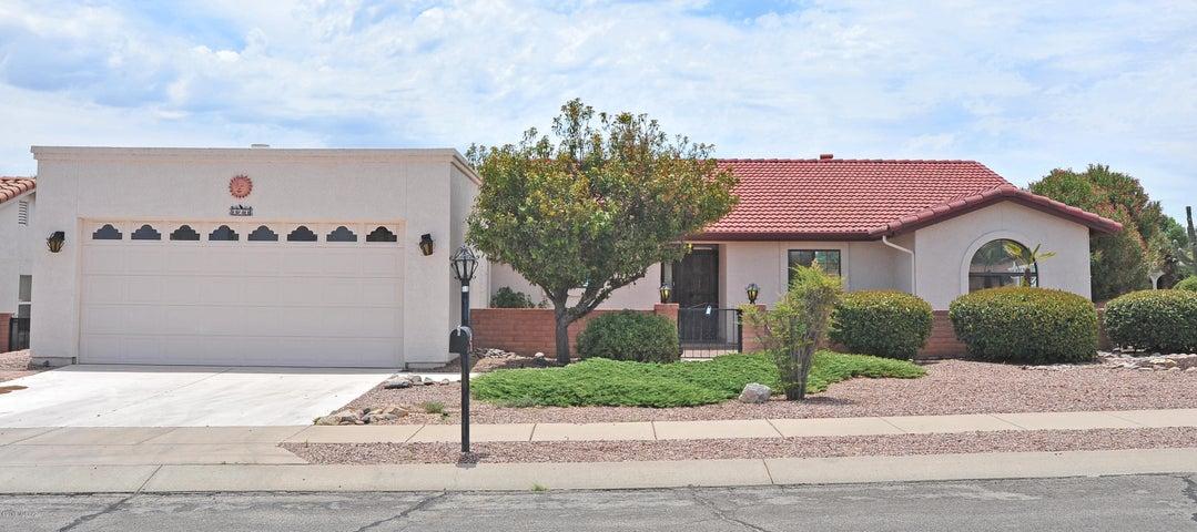 121 W Calle Frambuesa, Green Valley, AZ 85614