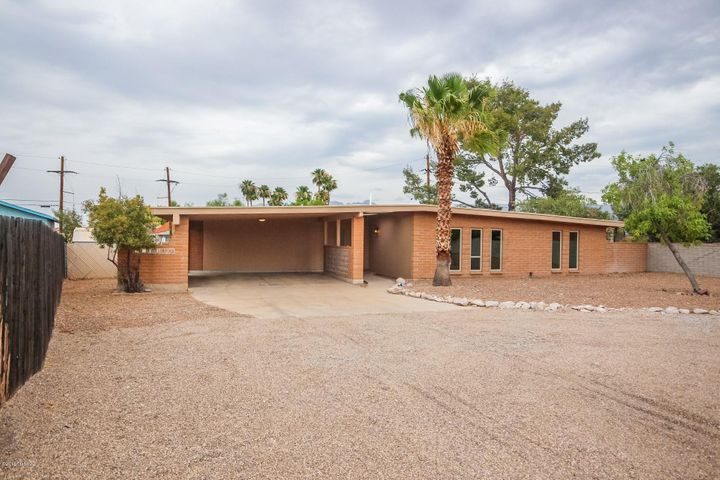 937 N Miller Drive, Tucson, AZ 85710