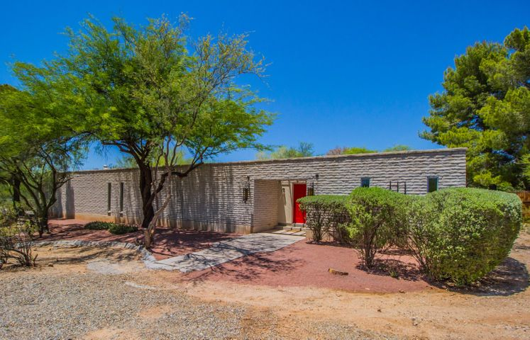 3730 N Pellegrino Drive, Tucson, AZ 85749