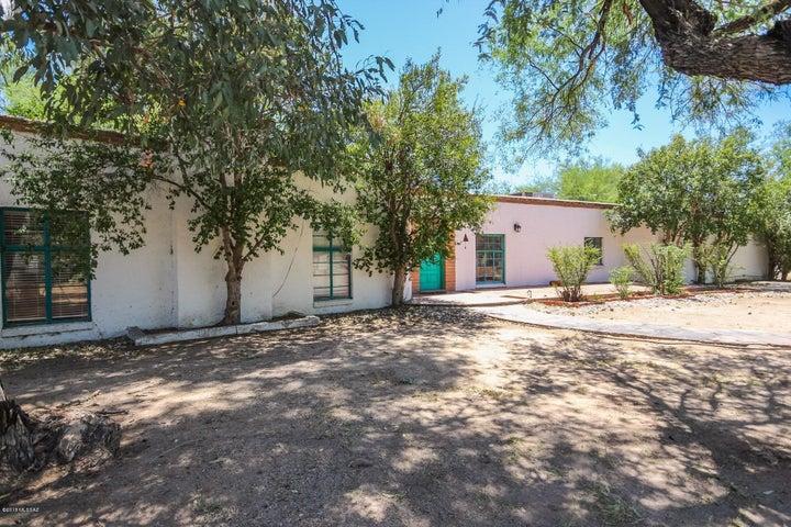 2200 N Kimberlee Road, Tucson, AZ 85749