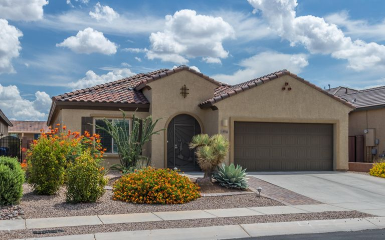 Another Beautiful Pulte Built Home! Built in 2015 This is the popular Triumph Model.