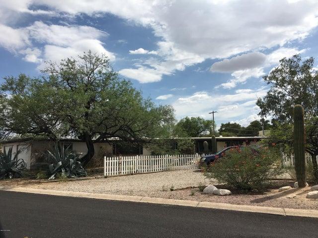 611 N Green Hills Avenue, Tucson, AZ 85710