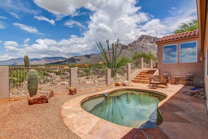 10014 N Bighorn Butte Drive, Tucson, AZ 85737