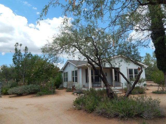14595 N Twin Lakes Drive, Tucson, AZ 85739