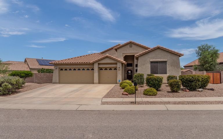10475 E Heartleaf Willow Drive, Tucson, AZ 85747