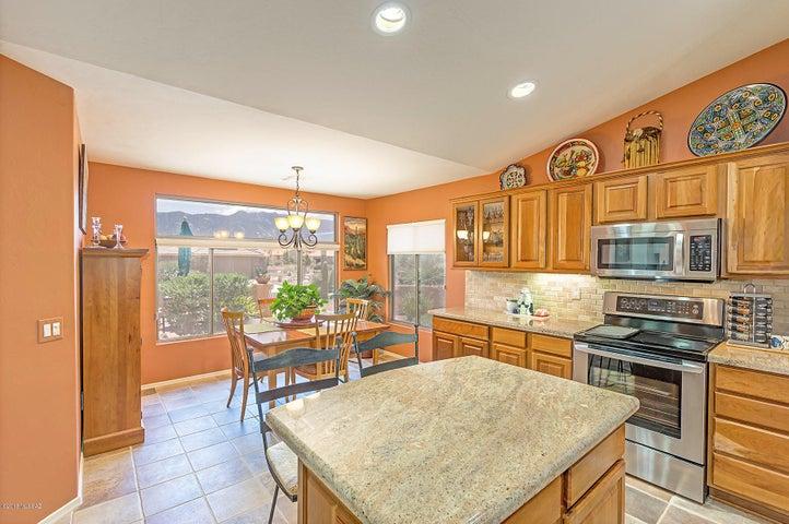 Kitchen with Mountain Views!