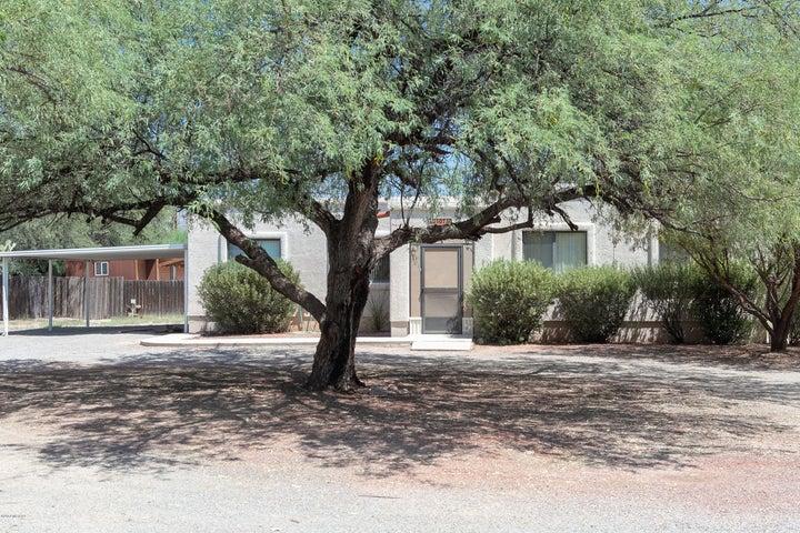 10740 E Tanque Verde Road, Tucson, AZ 85749