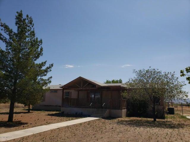 2784 N Fort Grant Road, Willcox, AZ 85643
