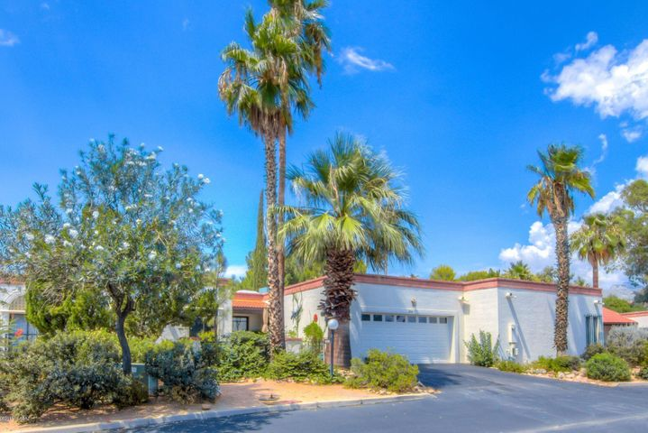 856 W Safari Drive, Tucson, AZ 85704
