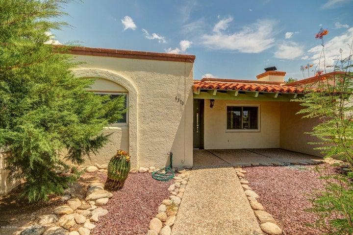 6370 N Orange Tree Drive, Tucson, AZ 85704
