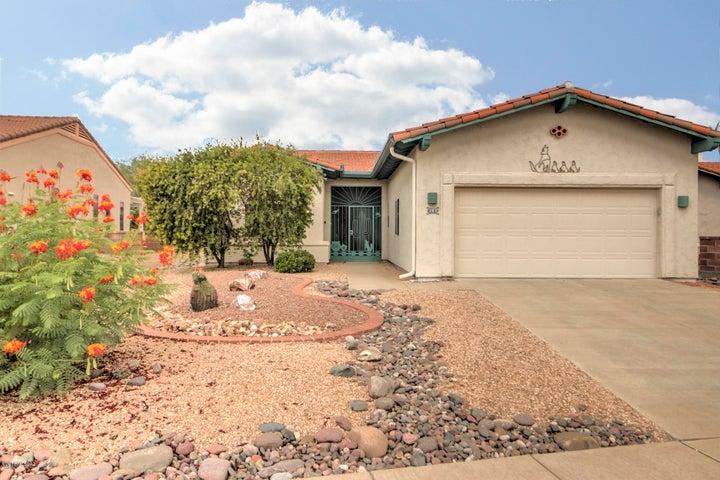 297 N Crescent Bell Drive, Green Valley, AZ 85614