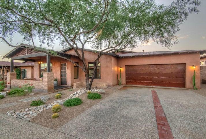 11651 N Adobe Village Place, Marana, AZ 85658