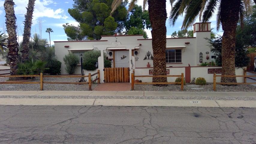 217 E Las Milpas, Green Valley, AZ 85614
