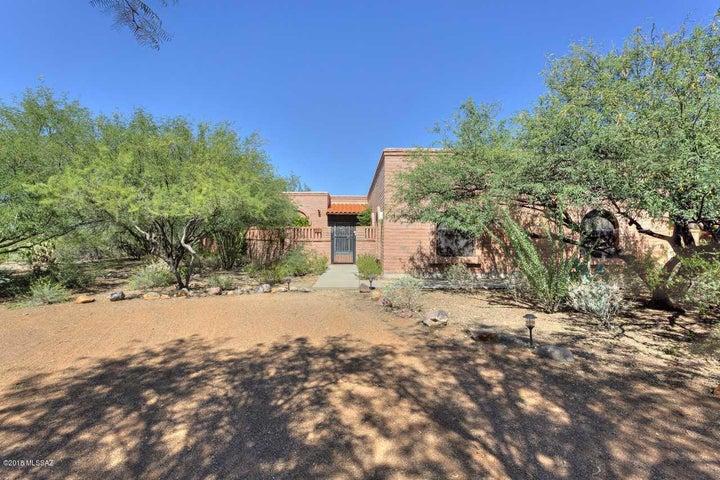831 E Vault Mine Court, Green Valley, AZ 85614