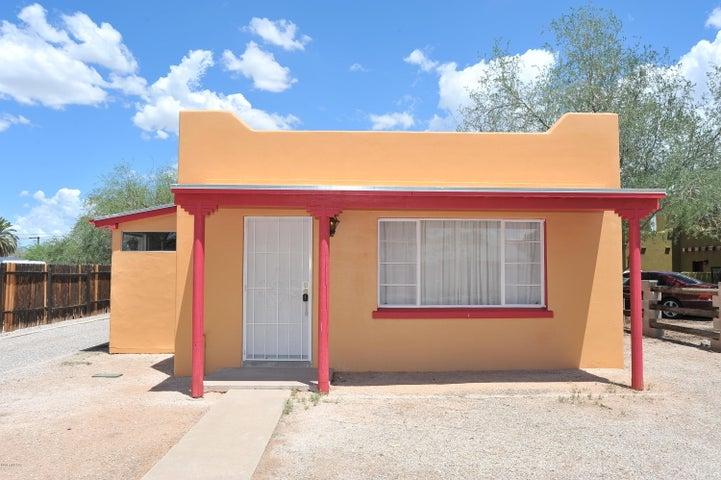 950 N Jerrie Avenue, Tucson, AZ 85711