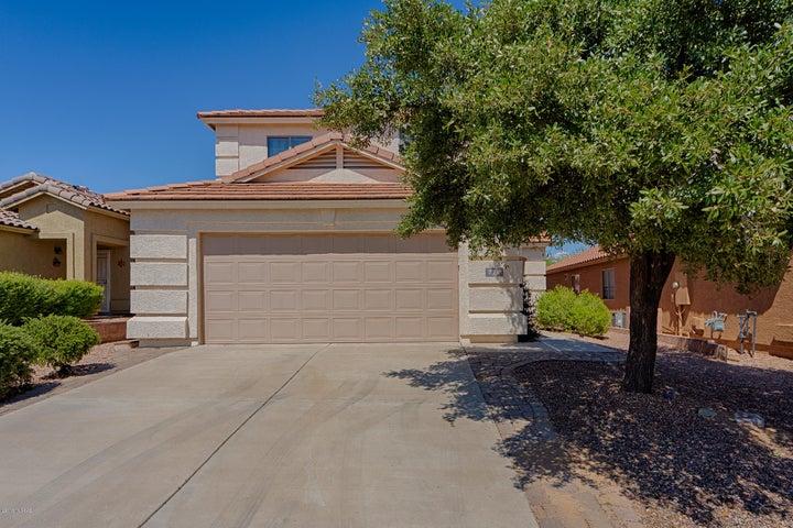 714 W Cholla Crest Drive, Green Valley, AZ 85614