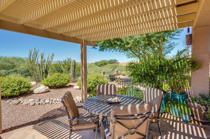 937 N Gulch Drive, Green Valley, AZ 85614