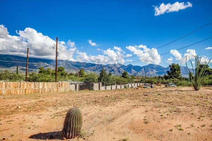 3440 E Maxim Place, Tucson, AZ 85739