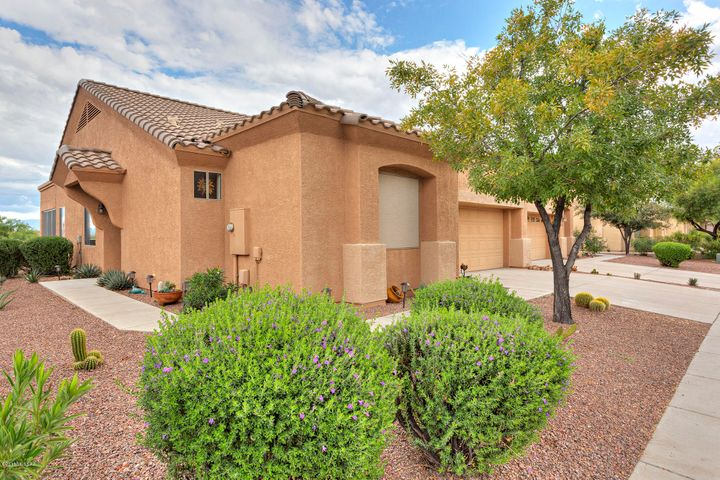740 N Cedar Bend Avenue, Green Valley, AZ 85614