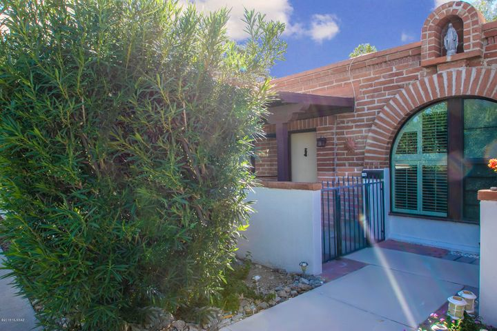336 Paseo Aguila #B, Green Valley, AZ 85614