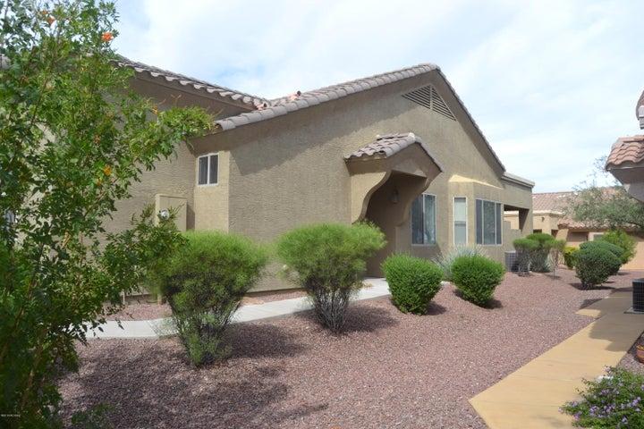 536 W Knotwood Street, Green Valley, AZ 85614