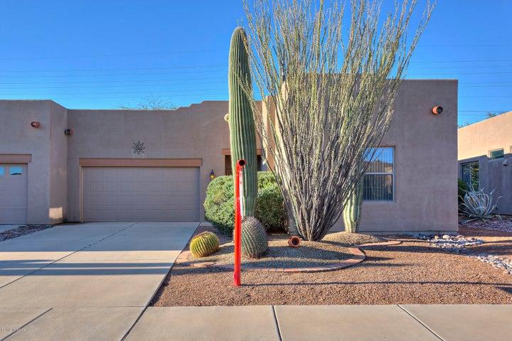 1005 W Blue Fox Road, Green Valley, AZ 85614