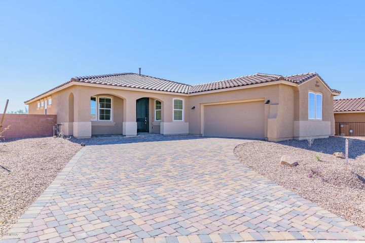 7195 W Secret Bluff Ps Pass W, Marana, AZ 85658