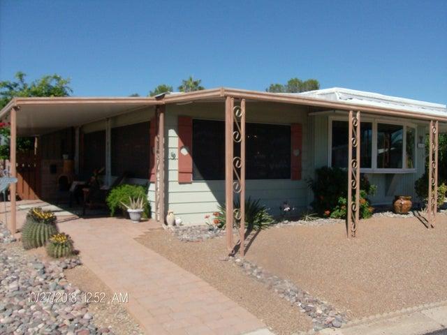208 W Palma Drive, Green Valley, AZ 85614