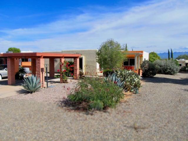 360 N Calle Del Brujo, Green Valley, AZ 85614