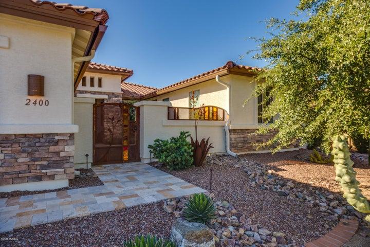 2400 E Bluejay Bluff Lane, Green Valley, AZ 85614