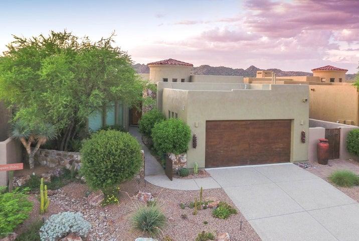 1028 W Lone Mesquite Drive, Oro Valley, AZ 85755