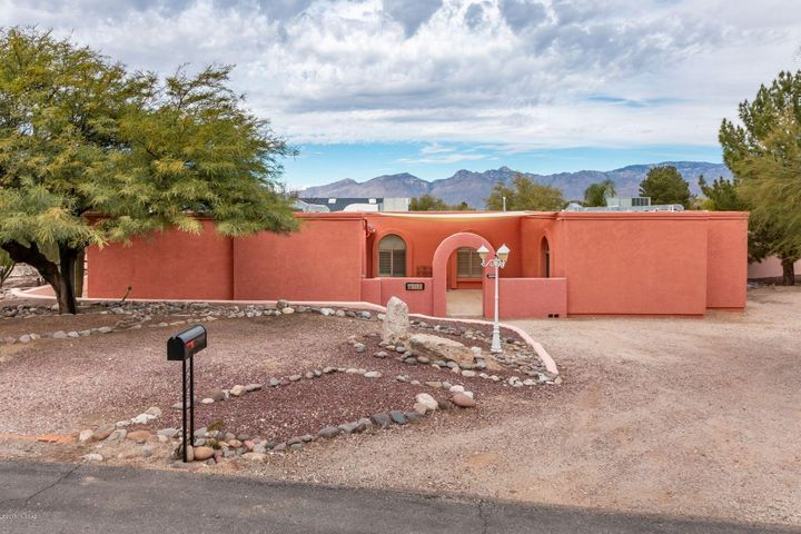 1620 S Barbados Place, Tucson, AZ 85748