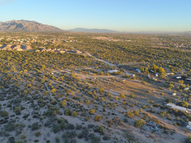 5880 W Cortaro Farms Road, Tucson, AZ 85742