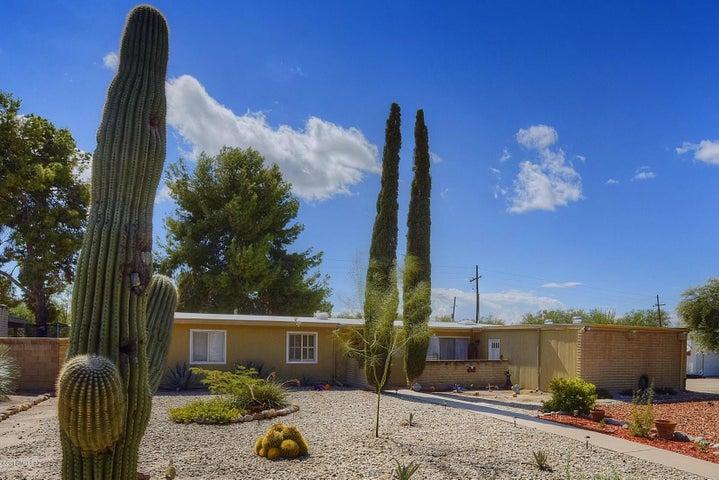 7530 E Calle Los Arboles, Tucson, AZ 85750