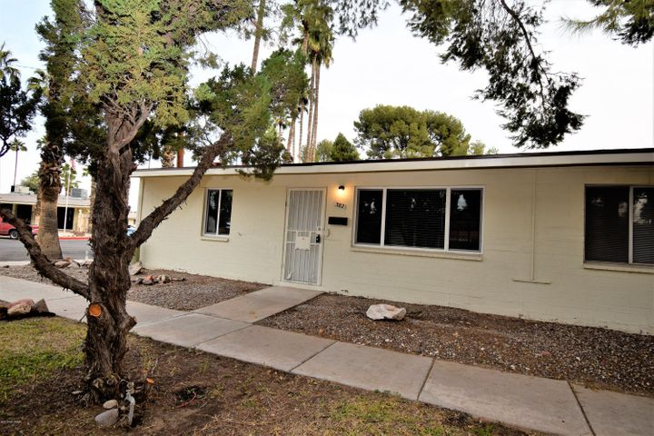 382 N Silverbell Road, Tucson, AZ 85745