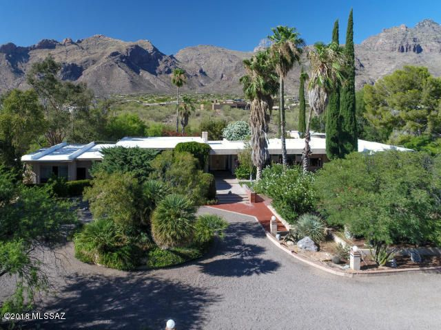 5834 SqFt Home Up Against Catalina Mountains