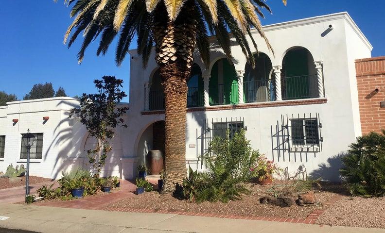 354 W Paseo Solana, Green Valley, AZ 85614