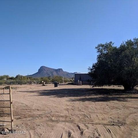 7270 N Ellexson Drive, Tucson, AZ 85743